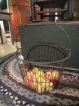 Old Wire Basket (egg)