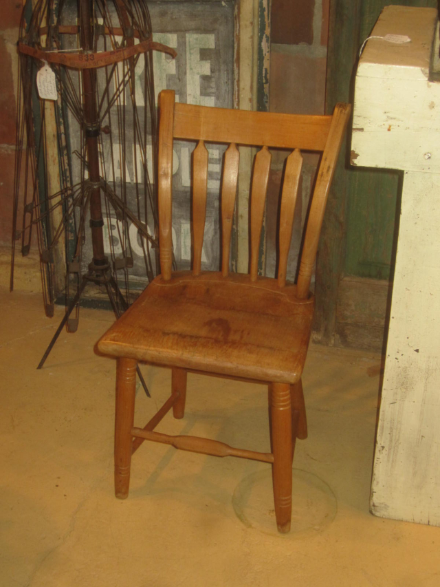 Early Child's Arrowback Chair
