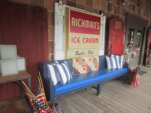Old Richman's Sign