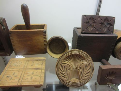 Early Butter Molds and Prints